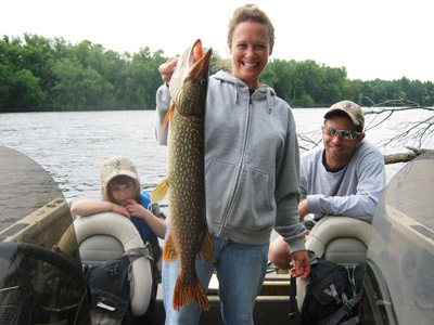 On wisconsin outdoors with dick ellis for Whitakers fishing report