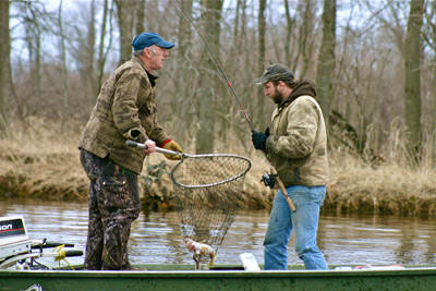 On wisconsin outdoors with dick ellis for Peak fishing times for today