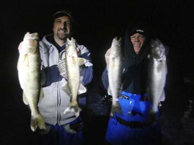 On wisconsin outdoors with dick ellis for Ice fishing at night